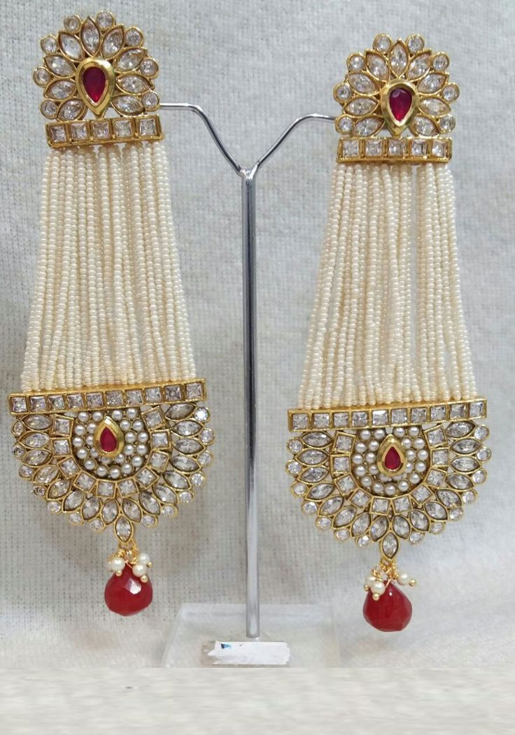 Jewelry has the power to be this one little thing that can make you feel unique. Beautiful Light Weight Earrings Light weight Pearl Kundan Long dangler Ethnic party wear Festival and wedding wear Only @ Rs. 1150/- each Order today, call : +91 88988 89404 #AlankritaWeboutique #Pearl #Earring #Beautiful #OrderToday