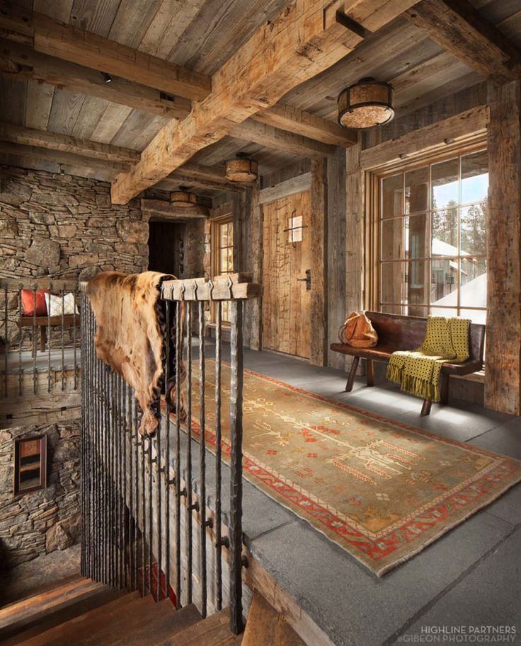 19 Log Cabin Home Décor Ideas: A Rustic Mountain Retreat Perfect For Entertaining In Big Sky