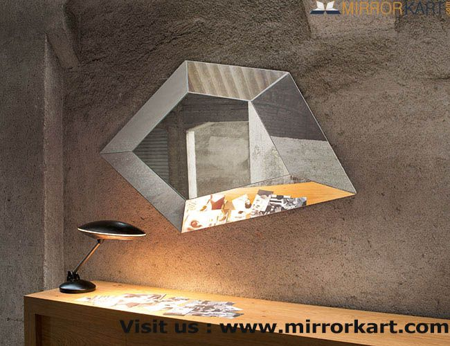 Buy designer mirrors online in India at best prices. Here, you will find the stylish designer mirrors online in India.