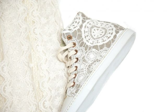 Lace shoes (traffic) / Shoes / Fashion site stylish apparel and interior alterations