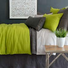 Stone Washed Linen Green Duvet Cover - notice the colour combination.  thus green is too lime for the painting, but the colour combo is a good idea.