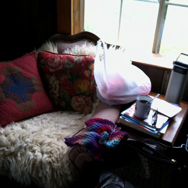 Knitting corner at 1800's farm house in Pa. that was the site of our knitting retreat in March 2012... It was a working sheep farm...   Loved this little corner ... Perfect light... And quiet and cozy.....