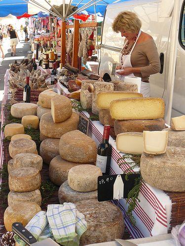 Marché Les Angles, France