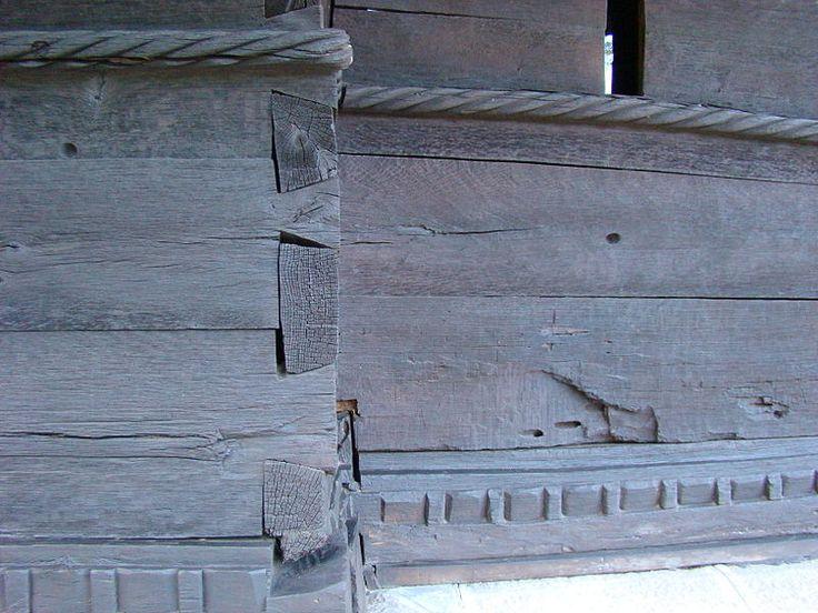 RO VL Dezrobiti Manastirea dintr-un lemn 7.jpg