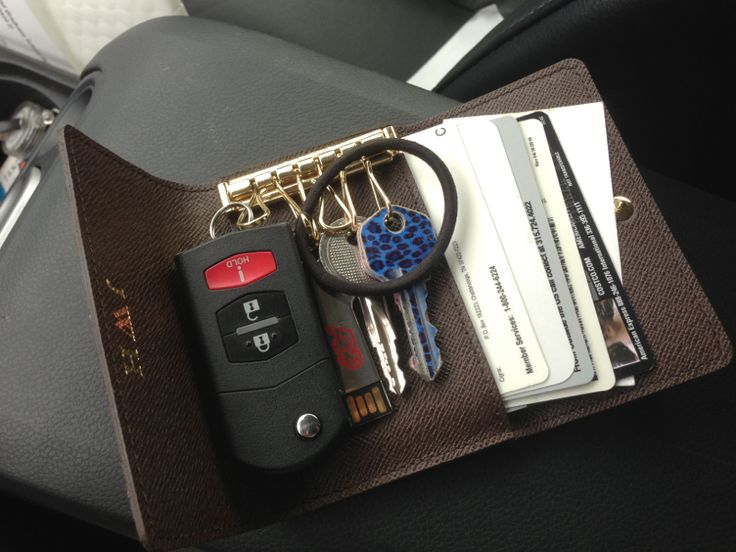 LV 6 Key Holder - keeps all driving essentials on hand for minimal size :)