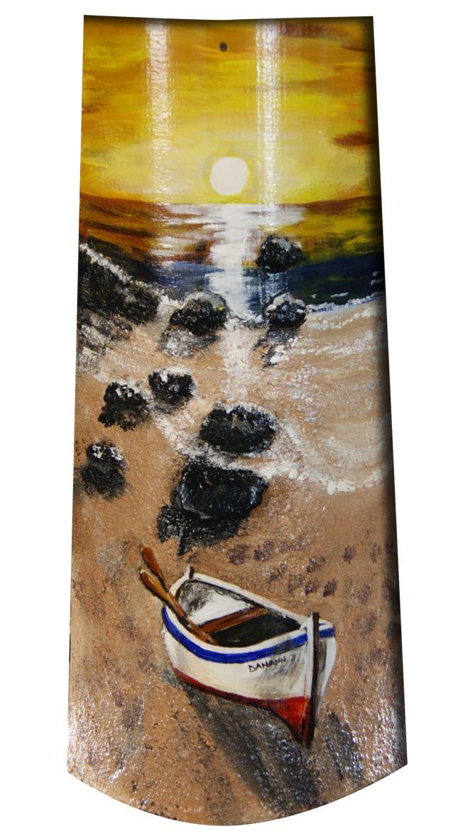 Atardecer a orillas del mar. Teja pintada