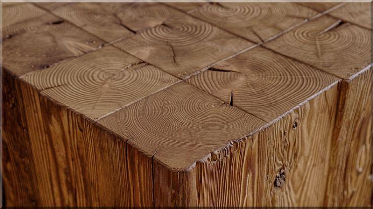 Bontott faanyagból épített bútor