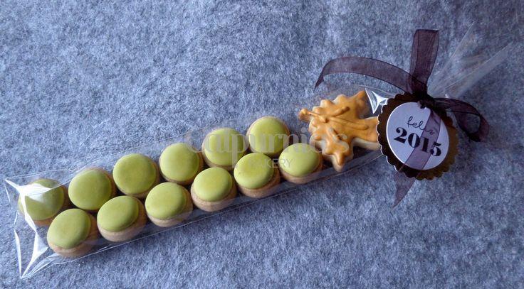 Nuestro racimo de 12 uvas para comenzar el Año Nuevo. Happy new year cookies