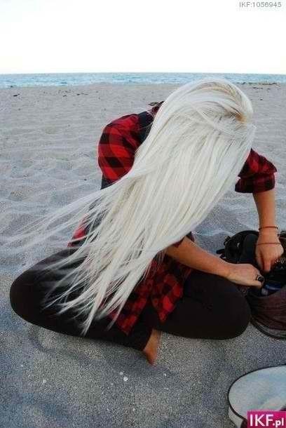 i love white/blonde hair.