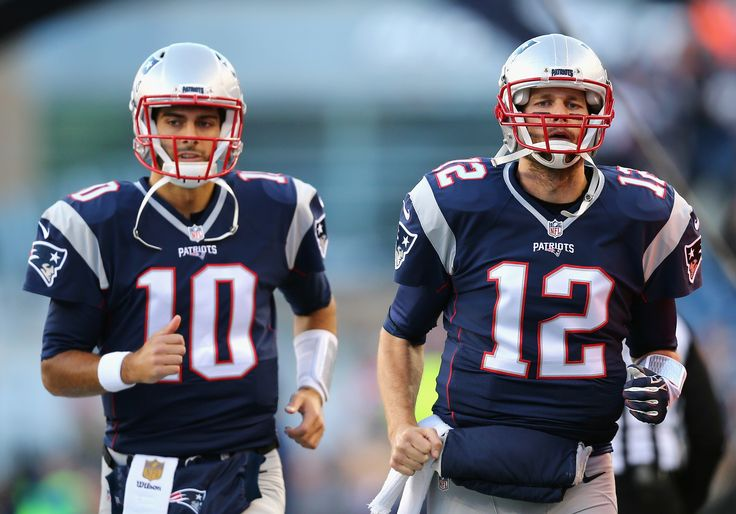 OXBORO, MA - DECEMBER 06: Jimmy Garoppolo #10 of the New England Patriots and Tom Brady #12 of the New England Patriots run onto the field prior to the game between the New England Patriots and the Philadelphia Eagles at Gillette Stadium on December 6, 2015 in Foxboro, Massachusetts. (3186×2227)