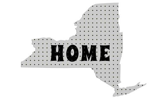 Peg Board, Peg Board Organizer, Peg Board Display, New York, Wall Storage, New York Peg Board, Wall Organizer, New York Inspired Home Decor #HomePeg #PegBoard #StorageUnit #WallOrganizer #WallArt #HomeDecor #WallDecor #SmallSpaceOptimize #SmallSpaceLiving #SmallSpaceOrganize