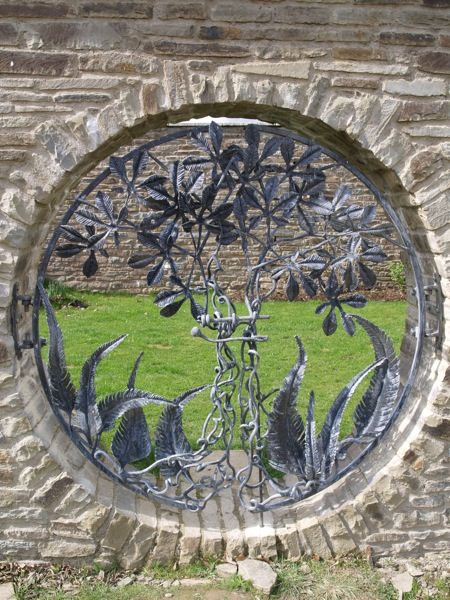 Stunning works of art - Dragons Wood Forge - Blacksmith and Wood Sculpture…