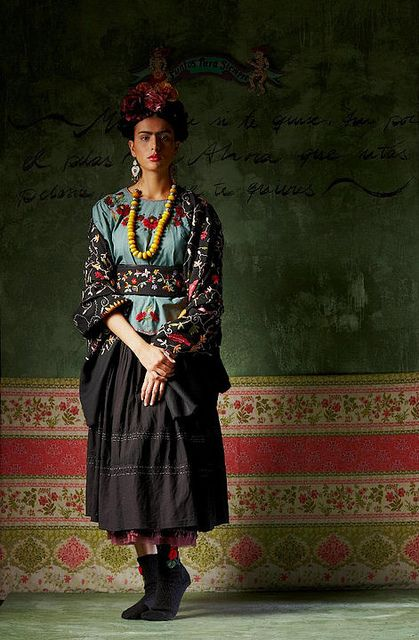 Frida Kahlo inspired Fashion