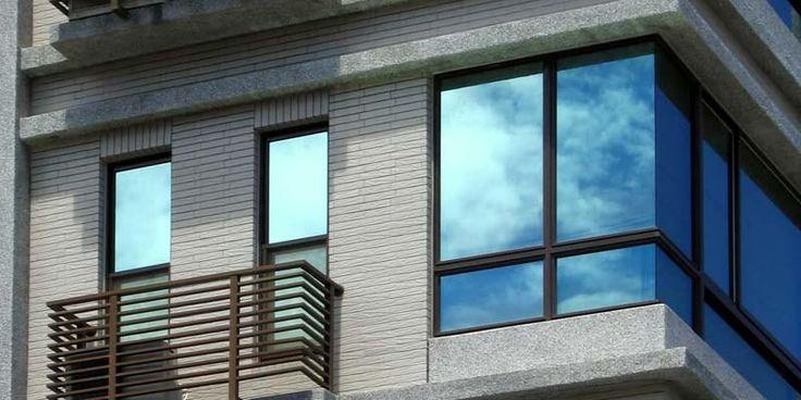 vinilo de protección solar para aislar las ventanas