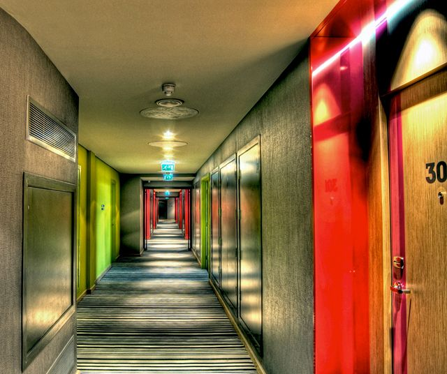Condo Or Apartment Difference: 1000+ Images About Condo Hallway Ideas On Pinterest