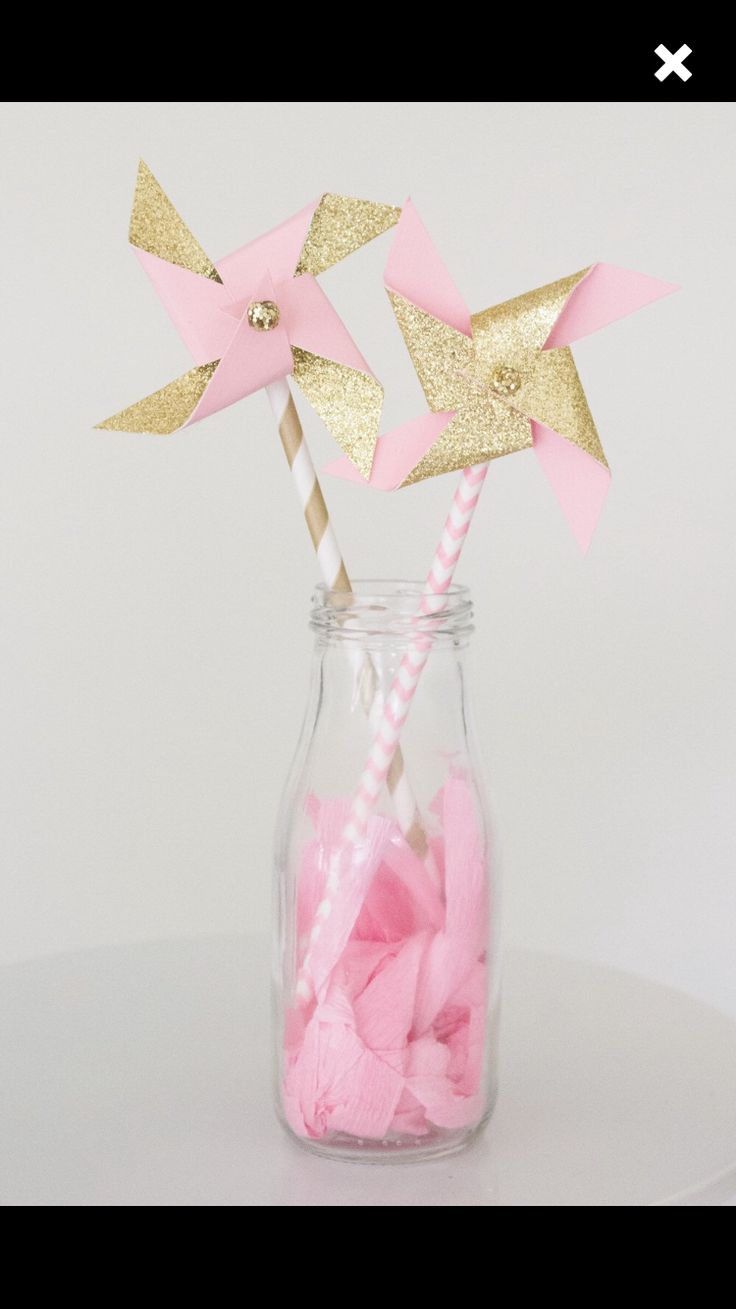 Pinwheel centerpiece/ favors