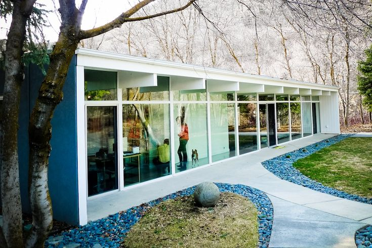263 best mid century architecture images on pinterest for Mid century modern prefab homes
