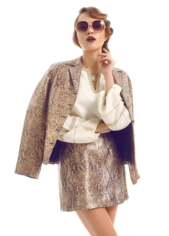 Ece Sükan Vintage Paris city - etek ceket Markafoni'de 400,00 TL yerine 83,99 TL! Satın almak için: http://www.markafoni.com/product/3549444/