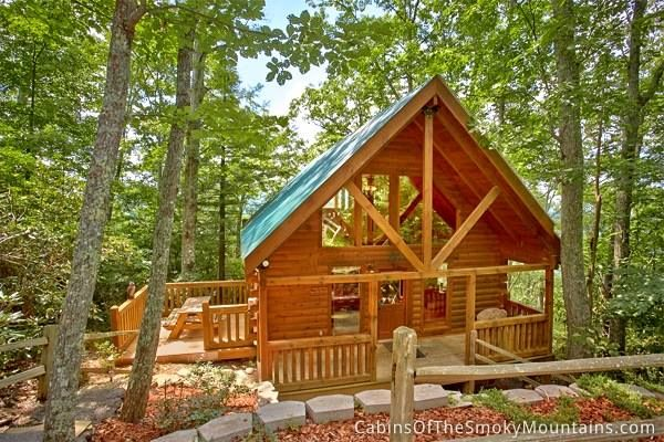 bedroom cabin just outside gatlinburg called above the rest it 39 s