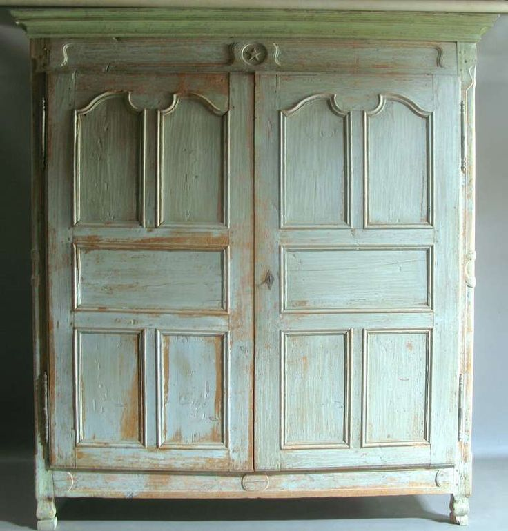 Very Large Armoire - France, 18th Century 9