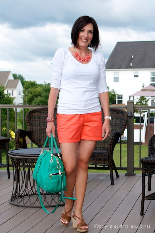 Fashion Over 40 | Daily Mom Style | Musings of a Housewife