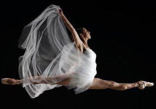 "#dance ""Pasión por el movimiento"": <!-- /* Font Definitions */@font-face {font-family..."
