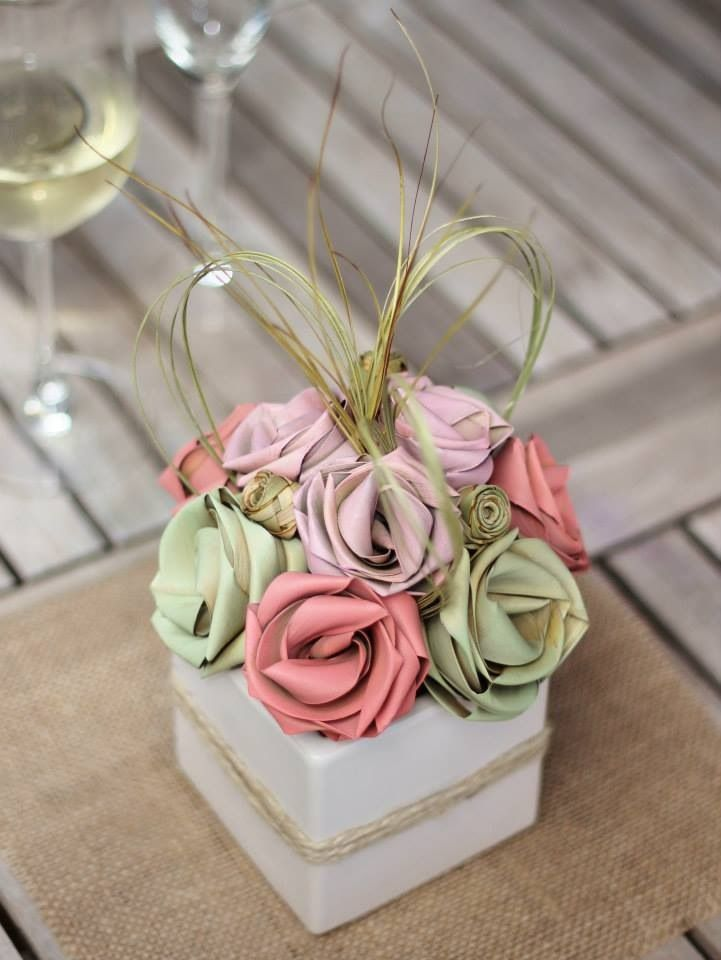 Pastel rustic centrepiece by Flaxation.        www.flaxation.co.nz