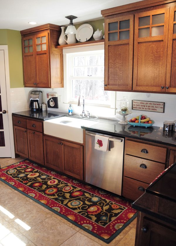 23 best simplicity craftsman style kitchens images on for Kitchen remodel keeping oak cabinets
