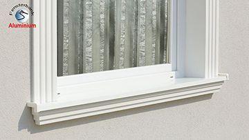 Alu Fensterbank mit Stuckverzierung einbauen