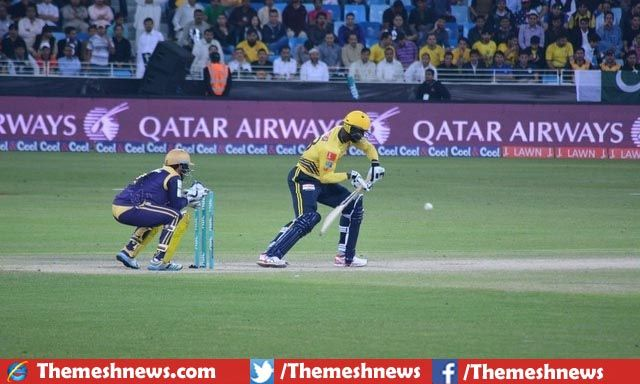 Quetta Gladiators clinched 3rd consecutive win in first PSL over Peshawar Zalmi in very tight PSL game by 3 wickets in result of terrific bowling spell introduced by Mohammad Nawaz.