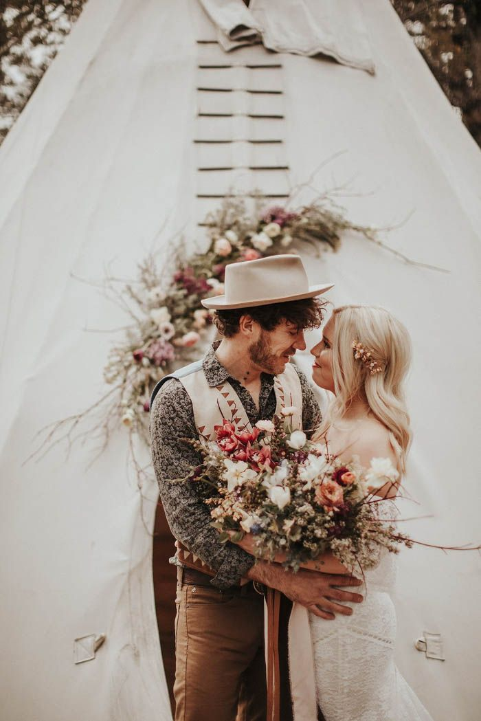 Bohemian glamping wedding inspiration at Panacea at the Canyon  | Image by  Lieben Photography