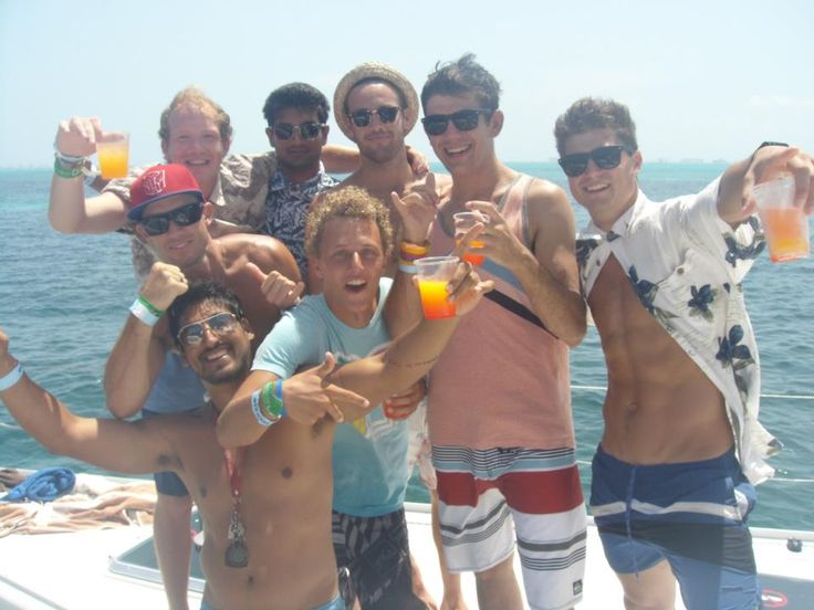 Provide a relaxing time with your family and tours with friends. Playa del Carmen Bachelorette Parties - We provide the most fun bachelorette parties and stag - hen parties, bar and club crawls. For more information visit here. http://www.playayachting.com/