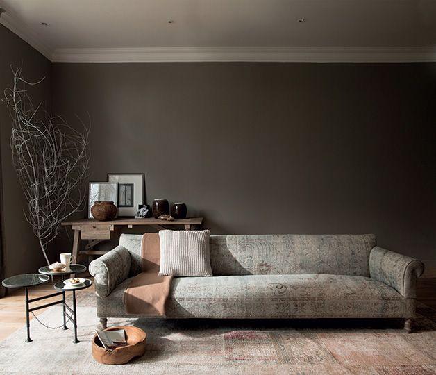 <span>Authentique chic</span><br/>Une nuance de gris au top de la tendance et une couleur intemporelle par excellence qui n'hésite pas à sortir le grand jeu pour conférer à l'espace douceur et élégance. http://www.castorama.fr/store/pages/zoom-sur-tollens-flamant-robe-de-moine.html