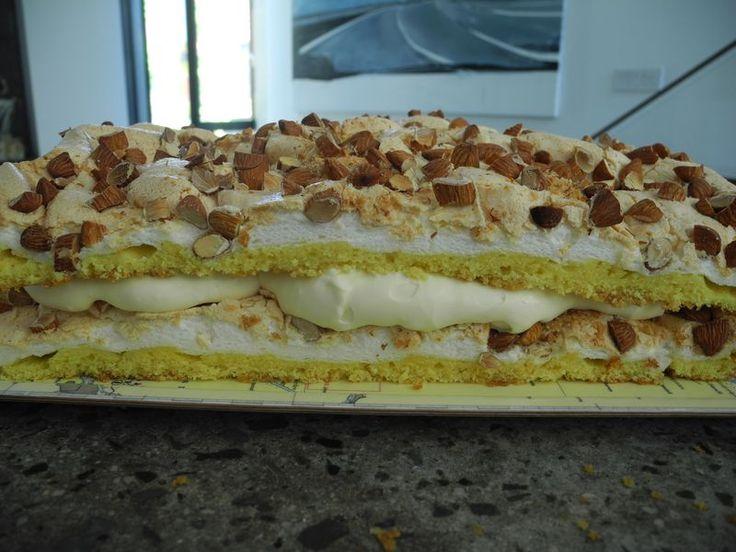 Verdens Beste Kake (aka The World's Best Cake)
