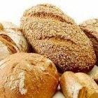 Toch brood eten als je een glutenallergie hebt? Of gewoon geen zin in een brood gebakken van granen? Het is mogelijk brood te bakken zonder granen te...