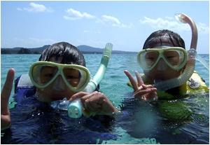 キッズシュノーケリング:沖縄 ブセナのダイビングショップ - アイランドブリーズ