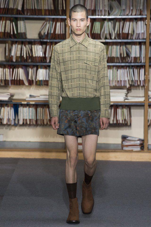 Dries Van Noten  #VogueRussia #menswear #springsummer2018 #DriesVanNoten #VogueCollections