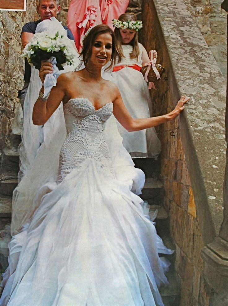 Eva longoria wedding gown pictures ok magazine