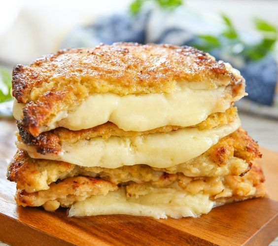Recipe from Kirbie's Cravings: http://kirbiecravings.com/2015/08/cauliflower-crusted-grilled-cheese-sandwiches.html  This is a great low carb solution that still allows you to enjoy a comforting grilled cheese sandwich. - Cauliflower Crusted Grilled Cheese Sandwiches