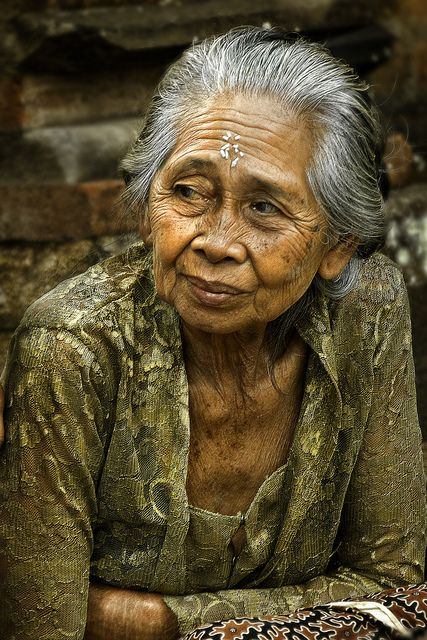 Ubud, Bali (people, portrait, beautiful, photo, picture, amazing, photography, old woman, lady)