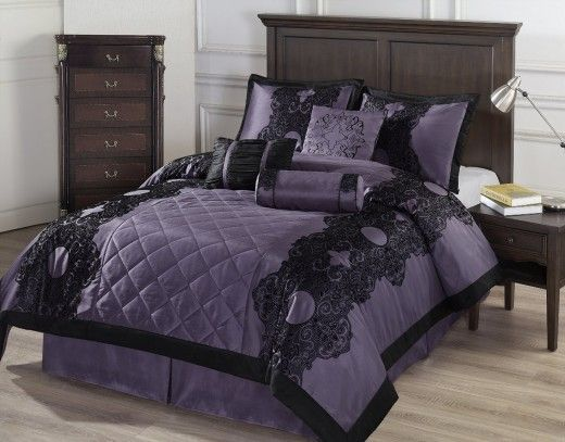 25 best ideas about gothic bedroom decor on pinterest gothic room gothic bedroom and goth bedroom - Goth Bedroom Decorating Ideas