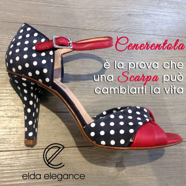 #Scarpa da super pin up in nappa blu a pois bianchi con dettagli in nappa rossa firmata #Gielle #moda #fashion #glamour #shoes #eldaelegance #eldastyle