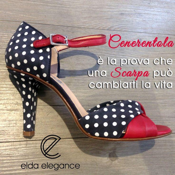 #Scarpa da super pin up in nappa blu a pois bianchi con dettagli in nappa rossa firmata #Gielle #moda #fashion #glamour #shoes #eldaelegance #eldastyle