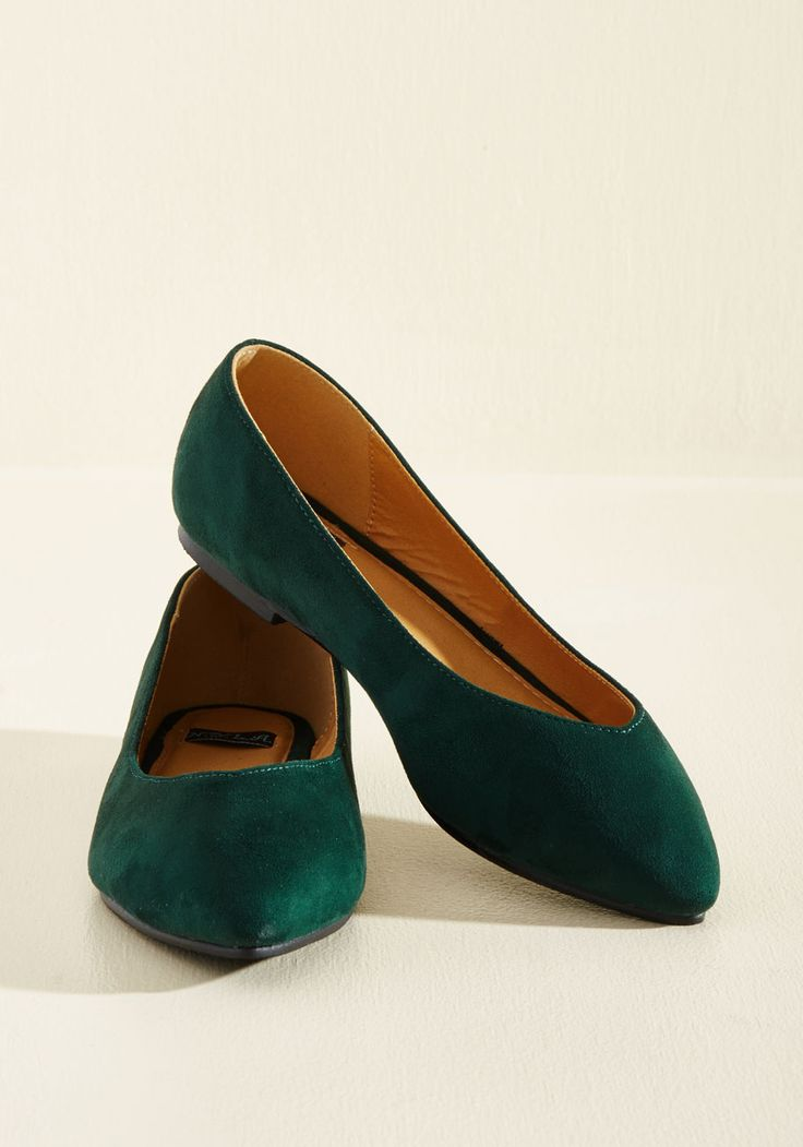 Chic Streak Flat. After obtaining these emerald flats, you notice a pattern in all of the stylish surprises that followed their discovery. #green #modcloth
