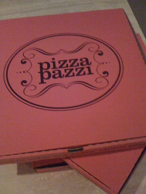 Pizza Pazzi - Authentic thin crust, easy to order takeaway and have the base stay crispy.