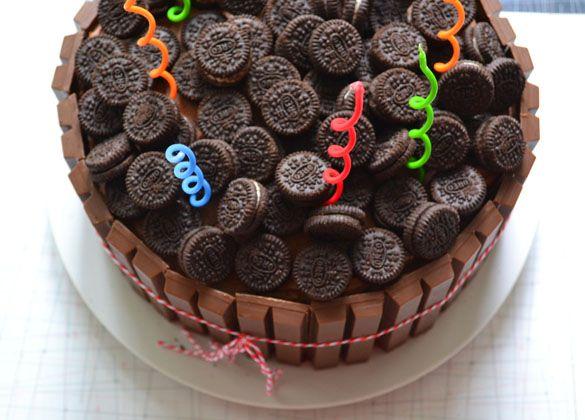 KitKat Oreo Cake 2 Gatherings: A Backyard Birthday with a KitKat Oreo Cake