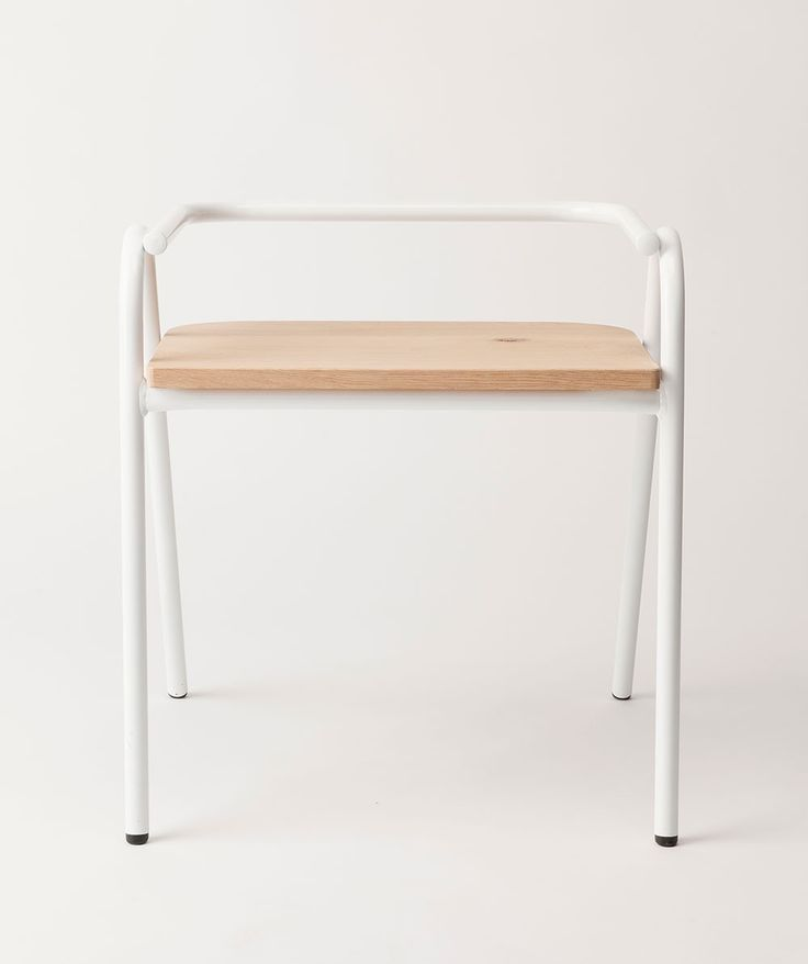 Half Hurdle Chair. | http://www.huntingforgeorge.com