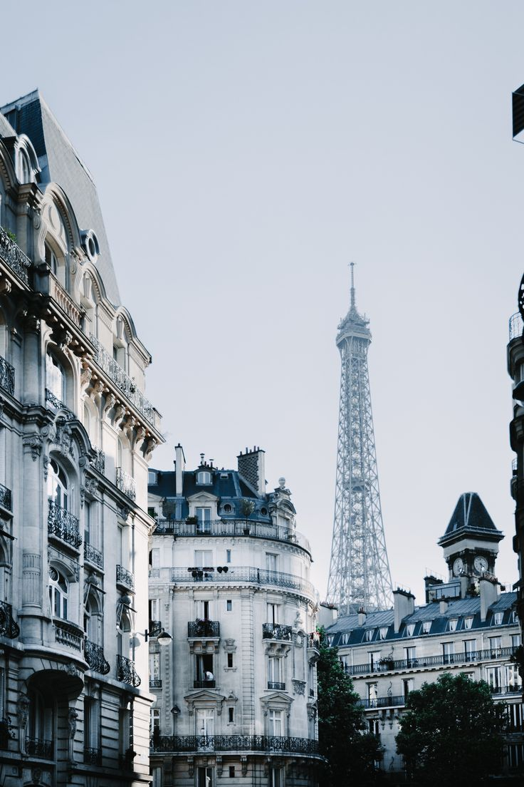 Map Of Paris And Attractions%0A the essential paris travel guide  u     map