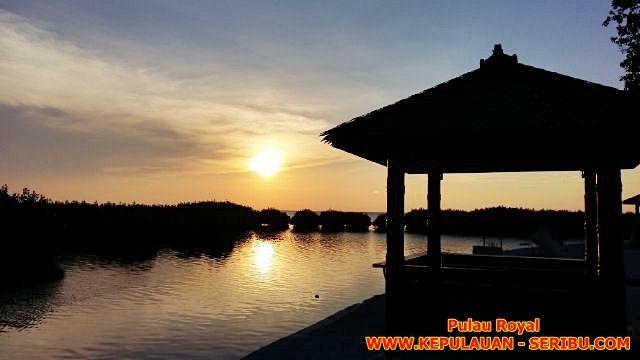 Pulau Royal Wisata Kampung Sunset Pulau Kelapa