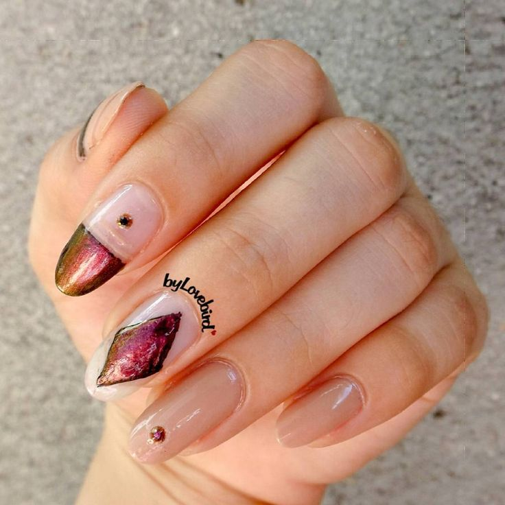 Chrome nail art byLovebird  #nailart #nails #chrome #nailideas #notd #nails2017 #summer #summernails